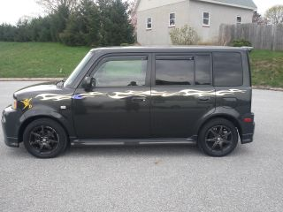 2006 Scion Xb Base Wagon 5 - Door 1.  5l Sharp Aftermarket Extras photo