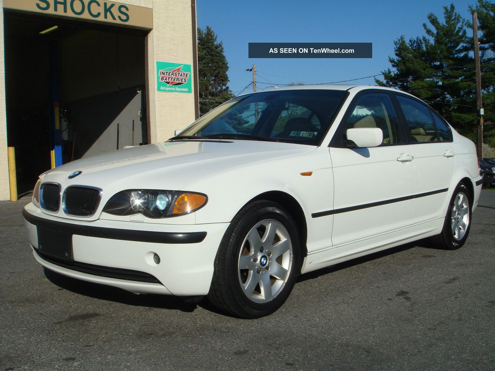 2005 Bmw 325i Base Sedan 4 - Door 2.  5l 3-Series photo