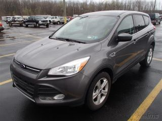 Ford Escape 2013 - 1.  6l Ecoboostengine_6 - Spd Auto_cloth Interior_hard Top Roof photo