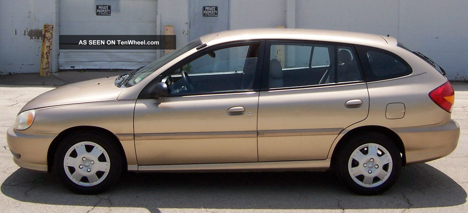2002 Kia Rio 4 Door Sedan Great Inexpensive Economical