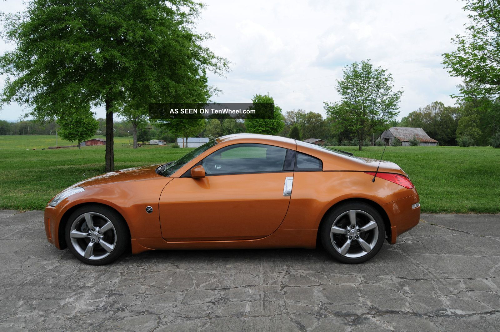 2006 nissan 350z base coupe 2 door 3 5l. Black Bedroom Furniture Sets. Home Design Ideas