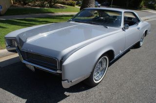 1966 Matching ' S 425 / 340hp V8 Engine In ' Silver Mist ' Color photo