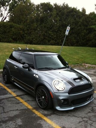 2009 - Mini John Cooper Works photo