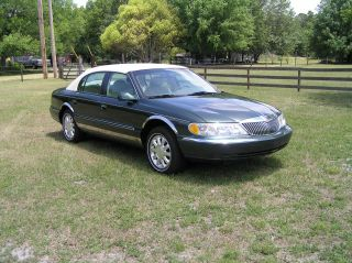 1999 Lincoln Continental - Green photo