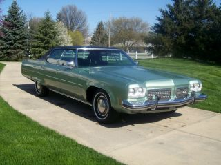 1973 Oldsmobile 98 Base Sedan 4 - Door 7.  5l photo