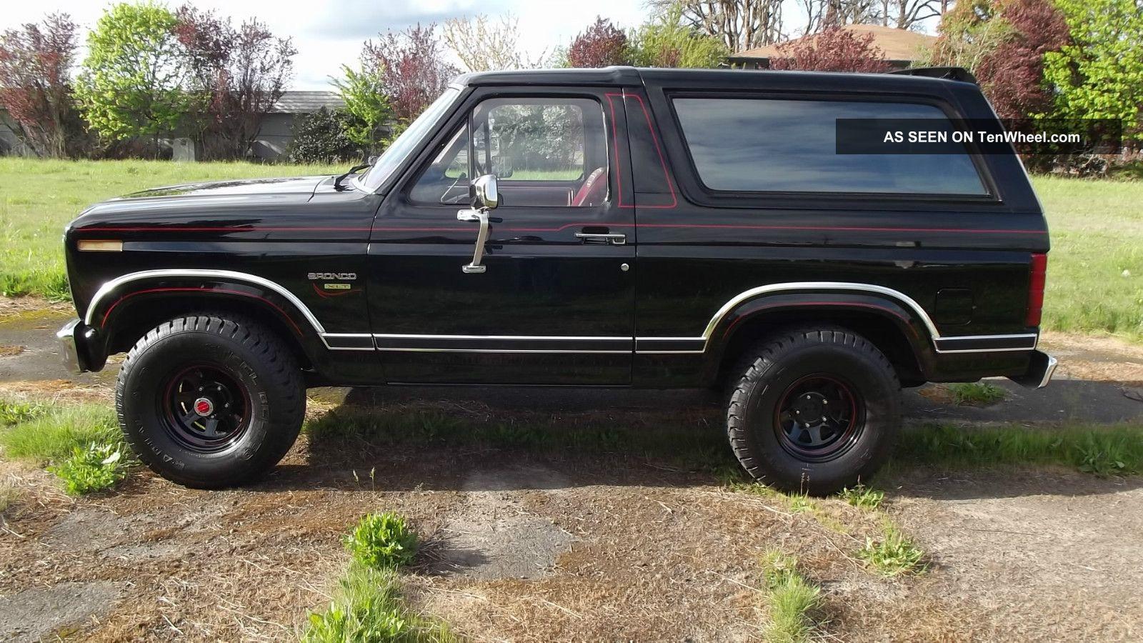 Custom Bronco 2 Autos Post