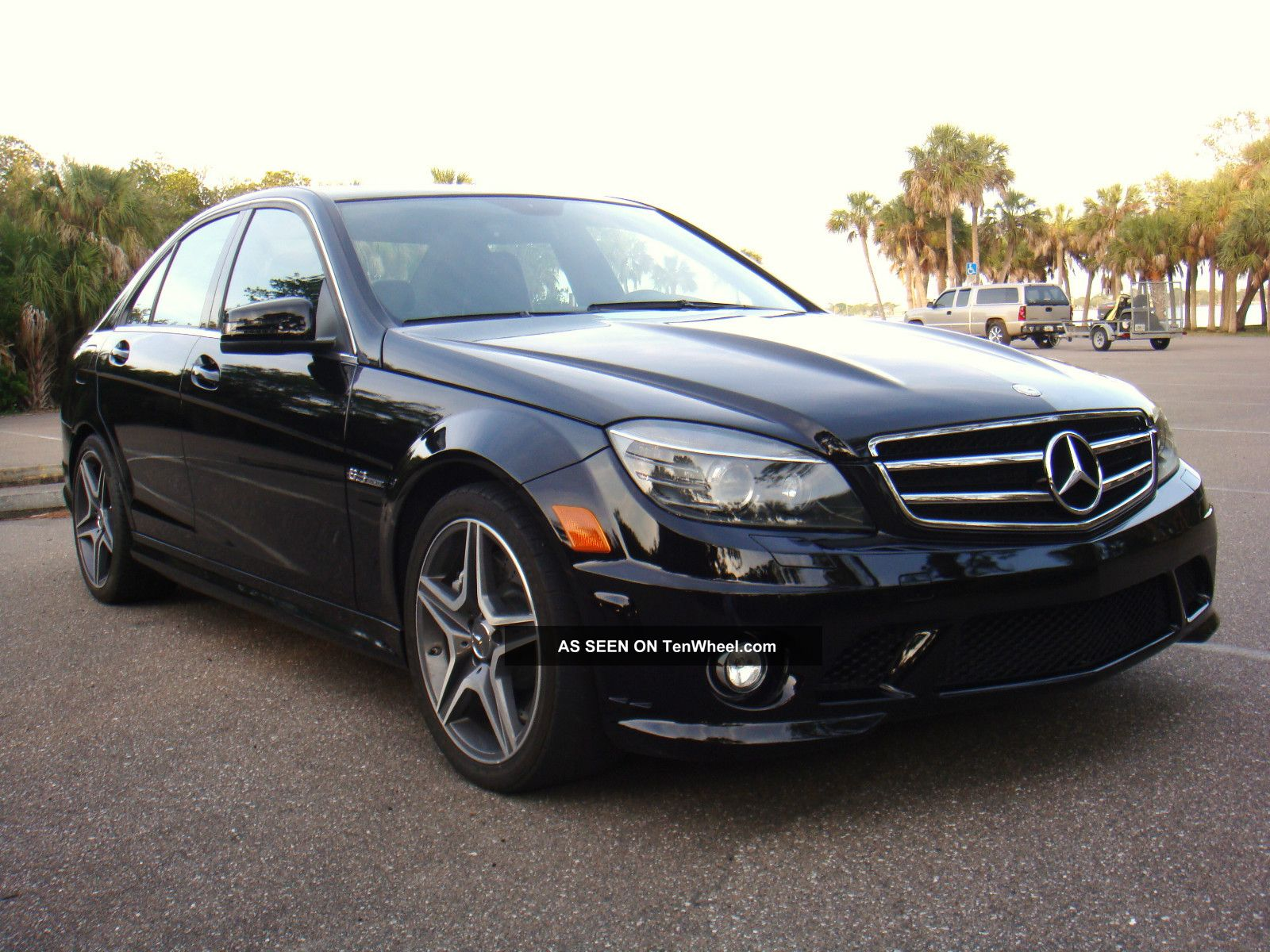 2010 mercedes benz c63 amg sport sedan 4 door 6 3l for Mercedes benz c63 amg 2010