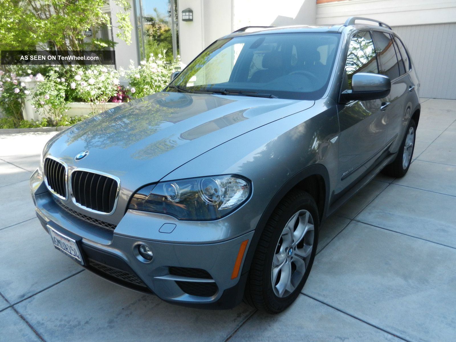2011 Bmw X5 Xdrive35i Sport Utility 4 - Door 3.  0l Premium X5 photo