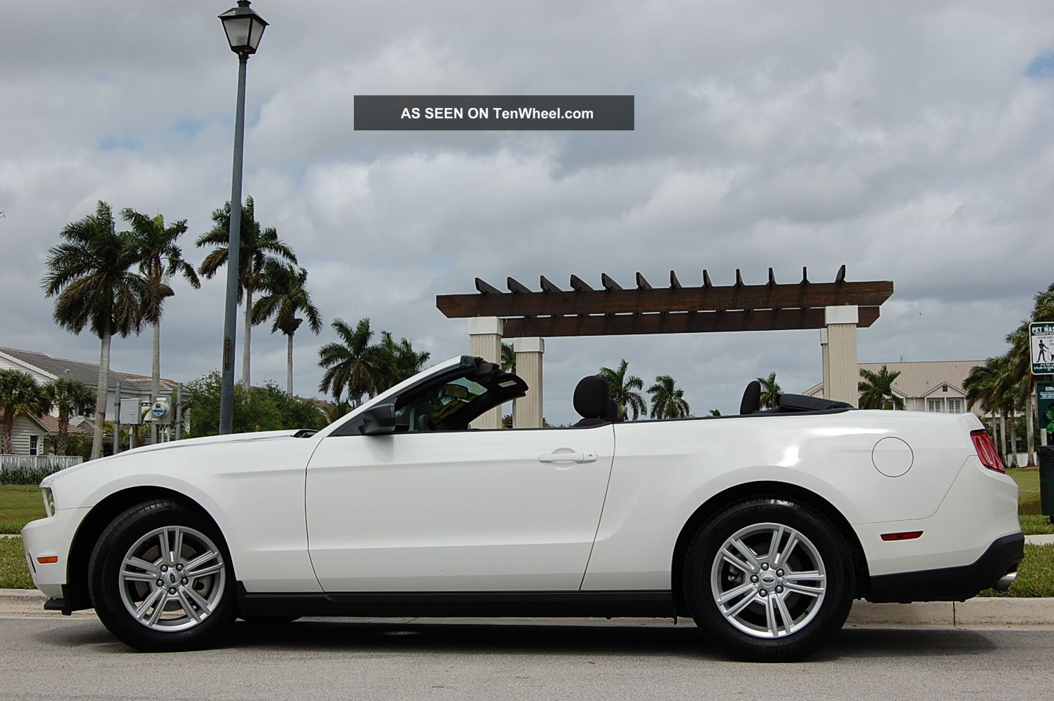2012 Ford Mustang Base Convertible 2 - Door 3.  7l Mustang photo