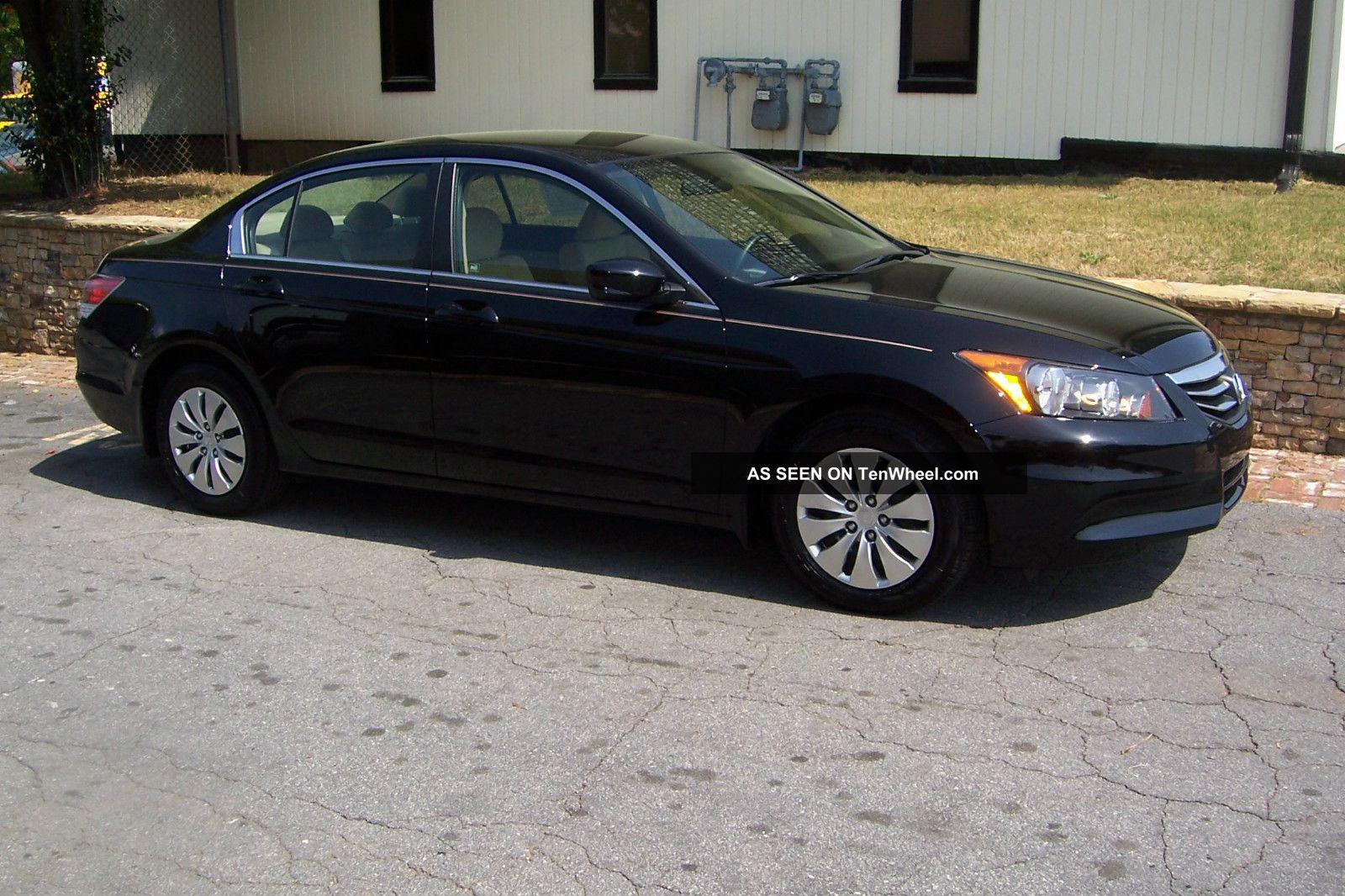 2011 Honda Accord Lx Sedan 4 Door 2 4l Only 14k