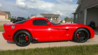 2006 Dodge Viper Srt - 10 Coupe 2 - Door 8.  3l photo