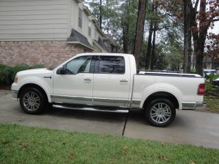 2007 Lincoln Mark Lt Base Crew Cab Pickup 4 - Door 5.  4l photo