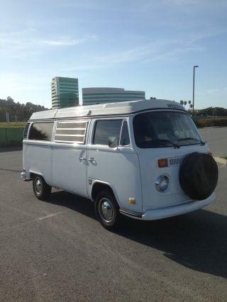 1972 Vw Westfalia Camper Van, photo