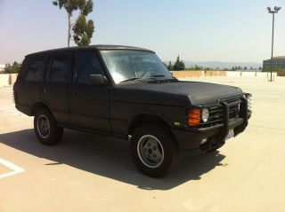 1991 Land Rover Range Rover Classics Looking photo