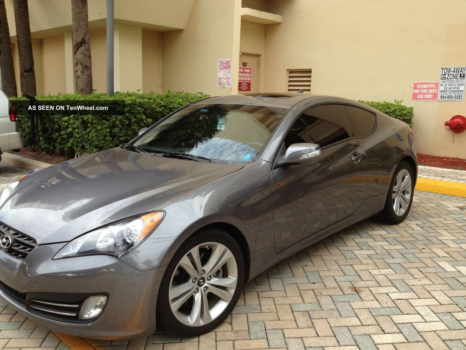 2010 Hyundai Genesis Coupe 3.  8 2 - Door 3.  8l Genesis photo