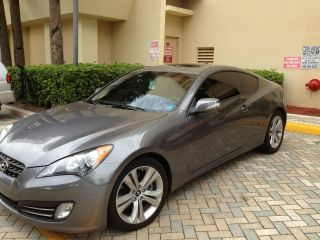 2010 Hyundai Genesis Coupe 3.  8 2 - Door 3.  8l photo