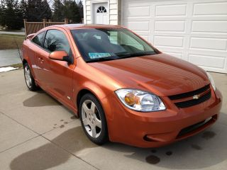 2006 Chevrolet Cobalt Ss Coupe 2 - Door 2.  4l Orange 5 Speed Manual photo