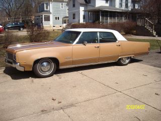 1970 Oldsmobile 98 Base 7.  5l photo