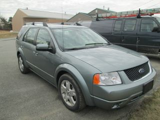 2005 Ford Freestyle Limited Wagon 4 - Door 3.  0l photo