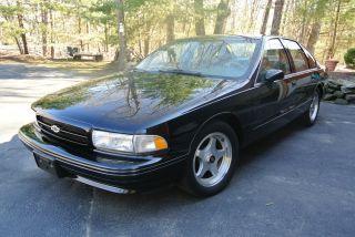 1994 Chevrolet Impala Ss Sedan 4 - Door 5.  7l photo