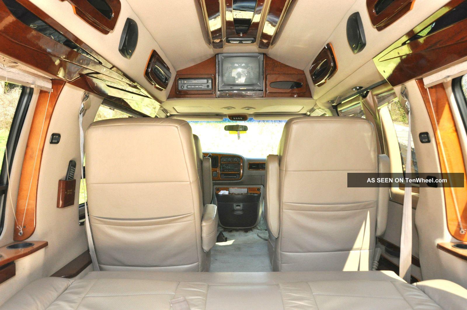 1999 Chevrolet Express 1500 Ls Standard Passenger Van 3