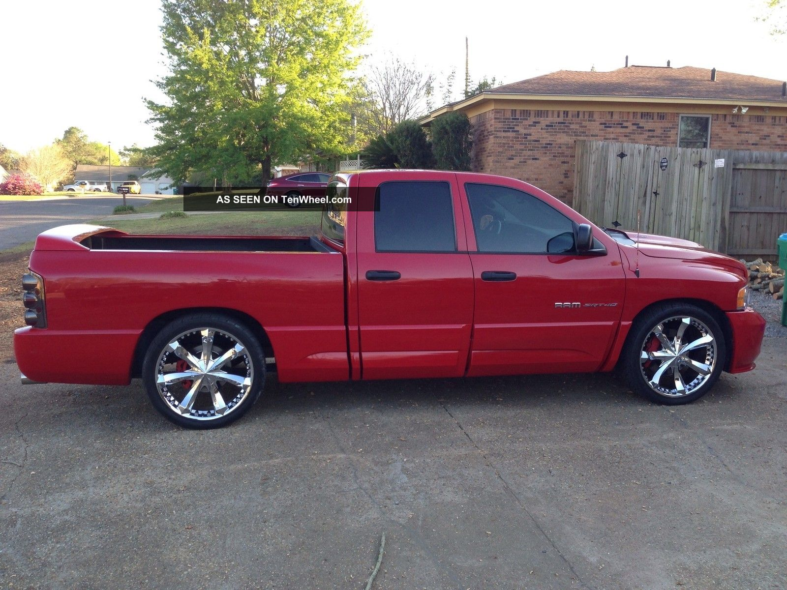2005 dodge ram 1500 srt 10 quad cab pickup 4 door 8 3l. Black Bedroom Furniture Sets. Home Design Ideas