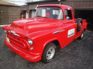 1957 Chevrolet 3200 Pick Up photo