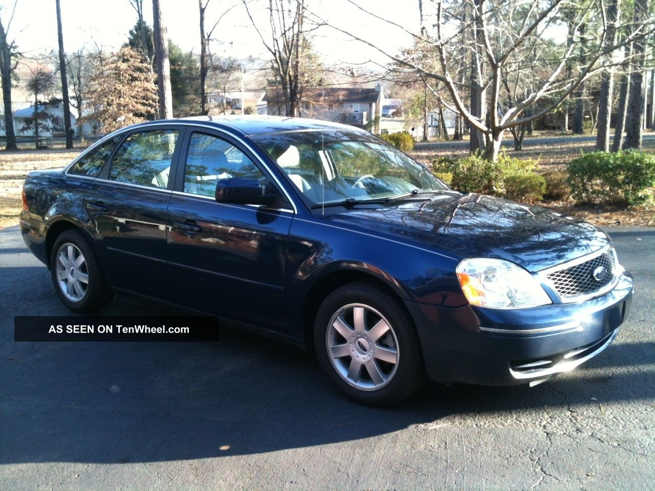 2006 dark blue pearl ford 500 se priced to sell