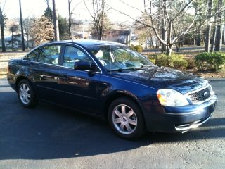 2006 Dark Blue Pearl Ford 500 Se - Priced To Sell photo