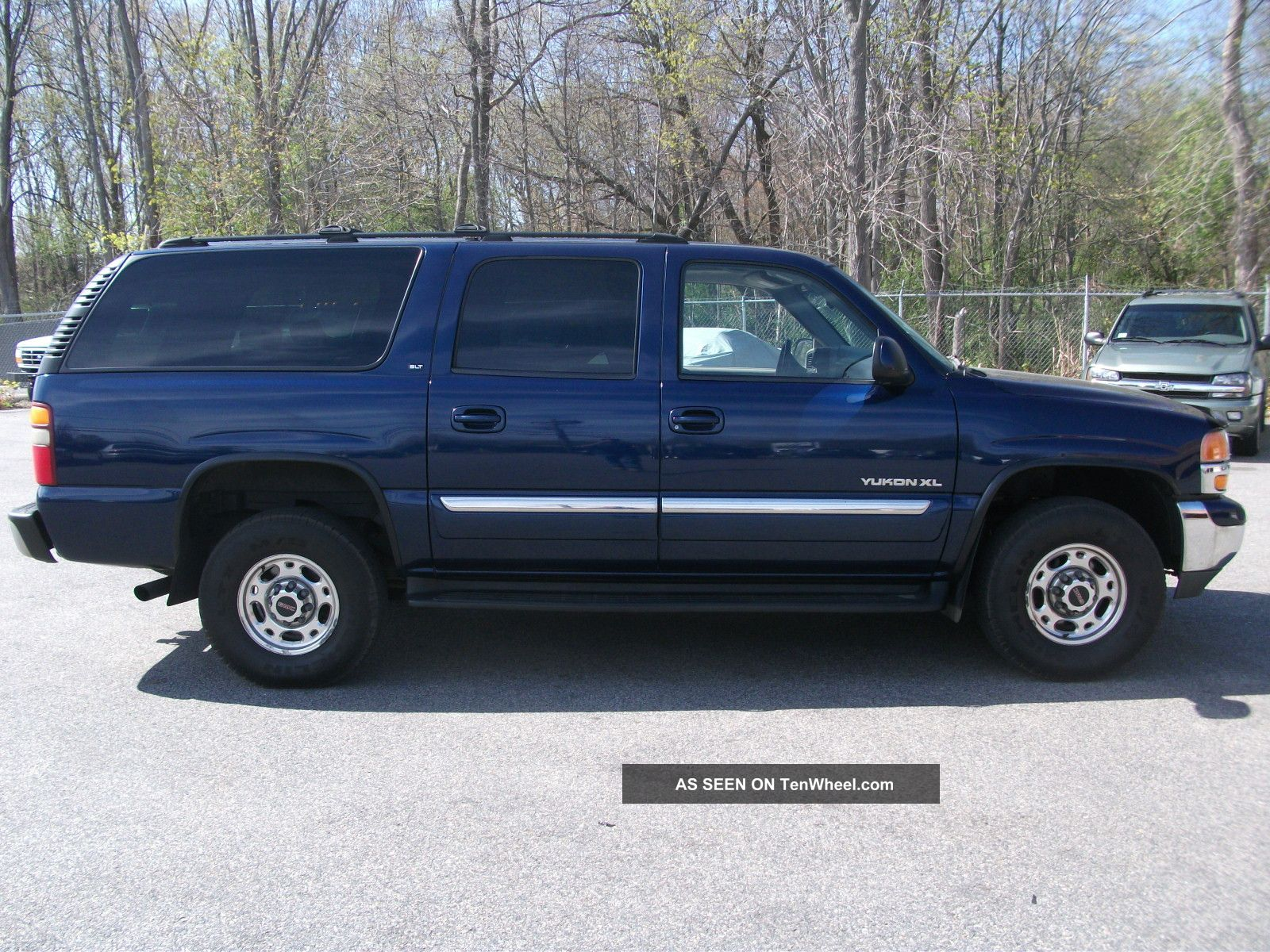 2002 gmc yukon xl 2500 slt sport utility 4 door 6 0l. Black Bedroom Furniture Sets. Home Design Ideas