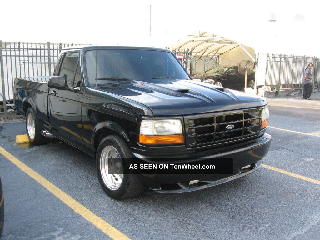 1995 ford f 150 lightning standard cab pickup 2 door 5 8l. Black Bedroom Furniture Sets. Home Design Ideas