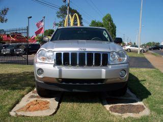 2007 Jeep Grand Cherokee Laredo Sport Utility 4 - Door 3.  7l,  Very,  Very photo