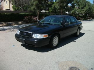 2005 Ford Crown Victoria Police Interceptor Sedan, photo