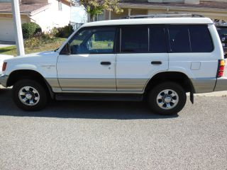 And In Shape Mitsubishi Montero 1997,  / Well Kept photo