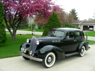 1936 Oldsmobile Auto photo