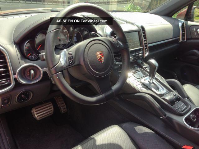 2011 Porsche Cayenne S Hybrid Sport Utility 4 - Door 3.  0l Cayenne photo