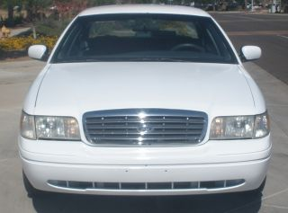 2001 Cng Natural Gas Ford Crown Victoria Ngv Vehicle Hybrid Alternative Fuel photo