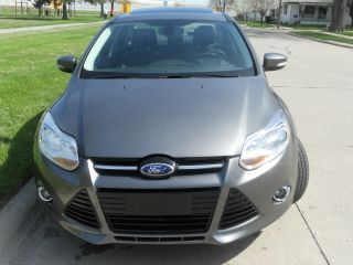 2012 Ford Focus Sel Sedan 2.  0l / / / Htd Seats / / Sync / Rebuilt photo