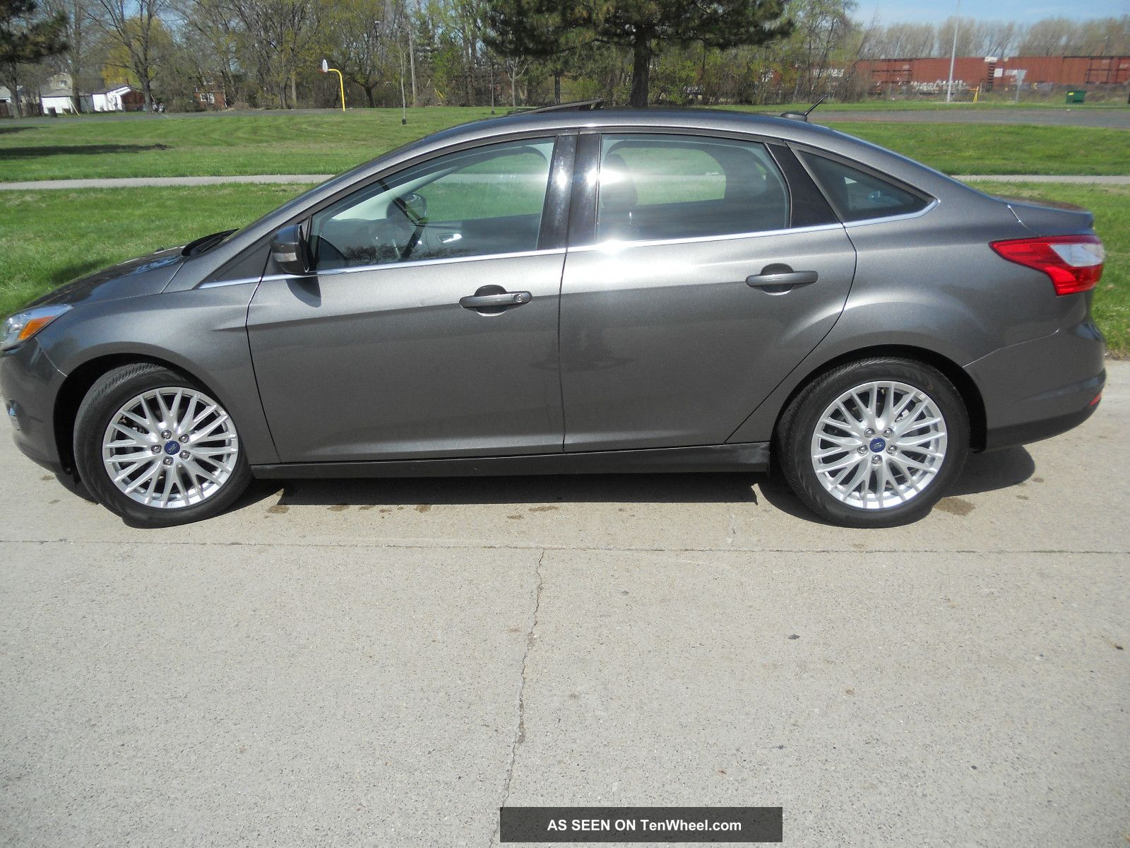 2012 ford focus sel sedan 2 0l htd seats sync rebuilt. Black Bedroom Furniture Sets. Home Design Ideas