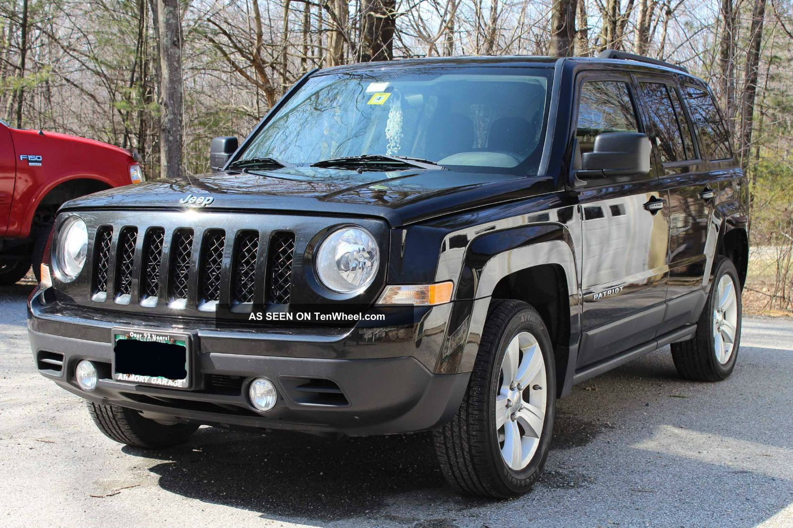 2011 jeep patriot latitude sport utility 4 door 2 4l. Black Bedroom Furniture Sets. Home Design Ideas