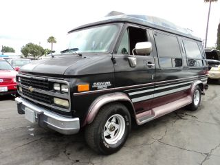 1993 Chevy Van 20, photo