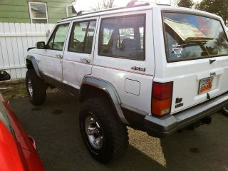 1991 Jeep Cherokee Laredo Sport Utility 4 - Door 4.  0l photo