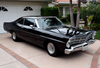 Ford Galaxie 1967 Classic Muscle Car photo