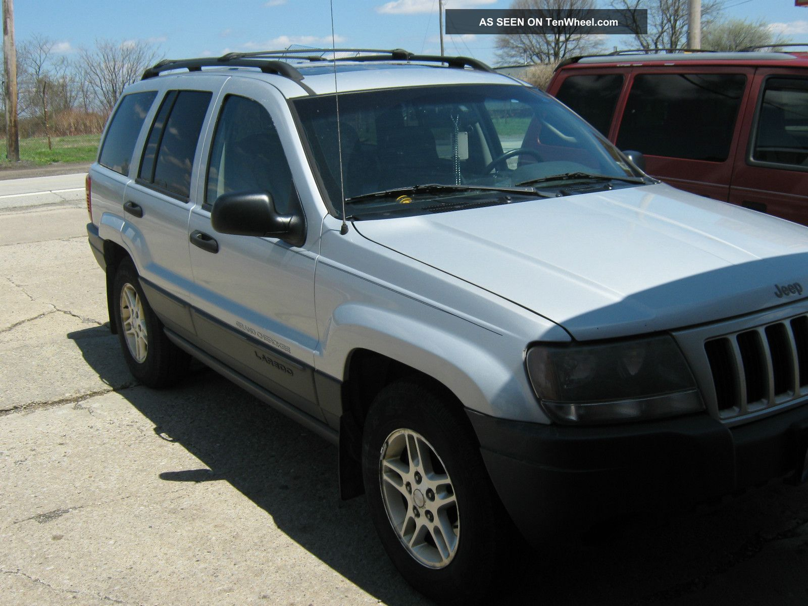2004 jeep grand cherokee laredo 6cyl auto w power sun roof. Black Bedroom Furniture Sets. Home Design Ideas
