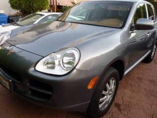 2005 Porsche Cayenne Base Sport Utility 4 - Door 3.  2l photo