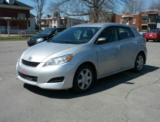 Toyota Matrix 2010.  Manual. photo