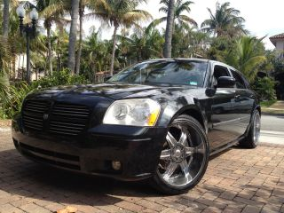 2007 Dodge Magnum R / T Wagon 4 - Door 5.  7l Great Cond 22  Custom Sound System photo