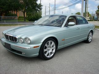 2005 Jaguar Xj8 L Sedan 4 - Door 4.  2l photo