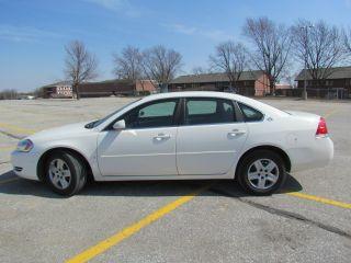 2008 Chevrolet Impala Ls,  White photo