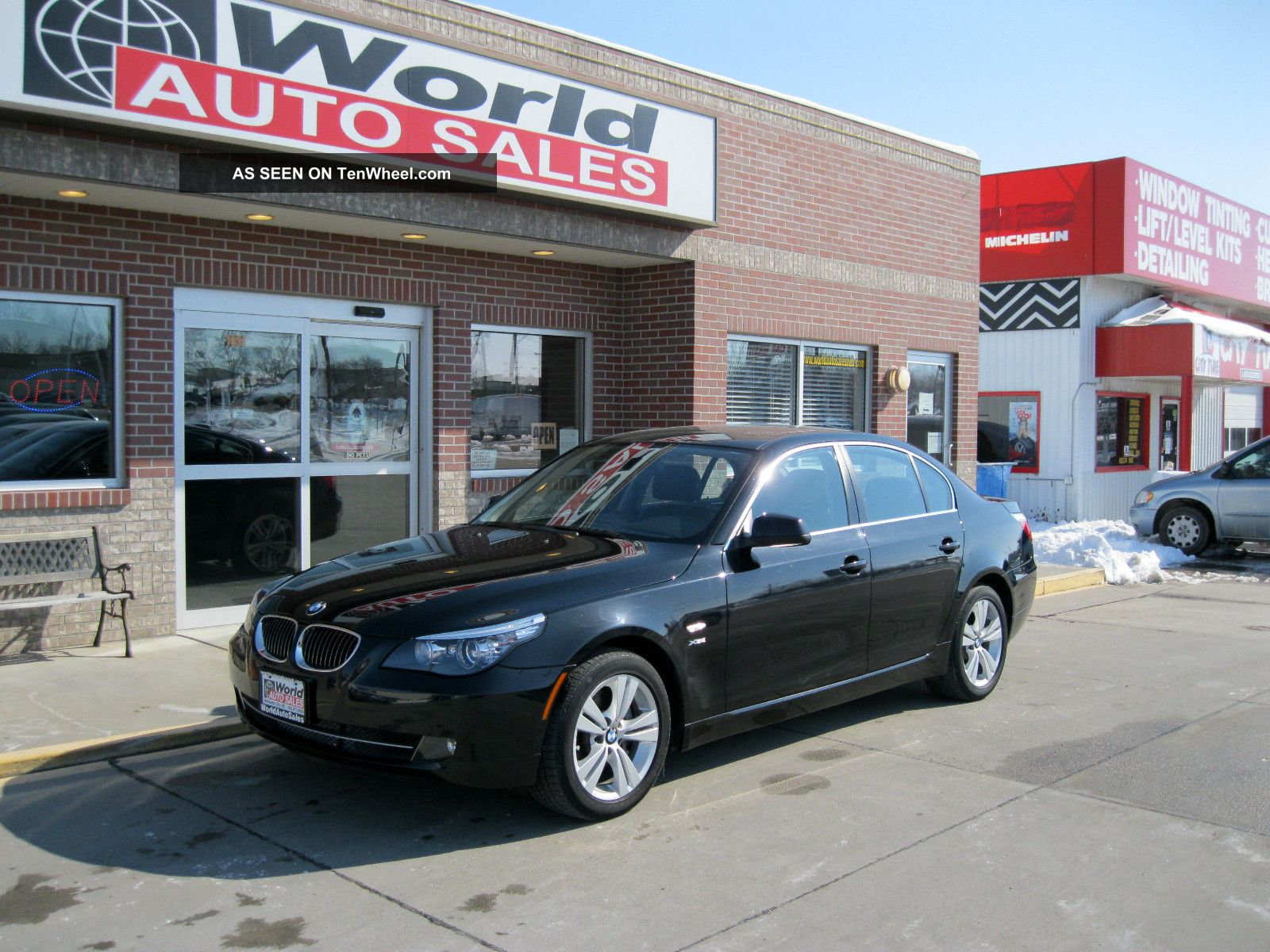 2010 Bmw 528i Xdrive 4 - Door 3.  0l 5-Series photo